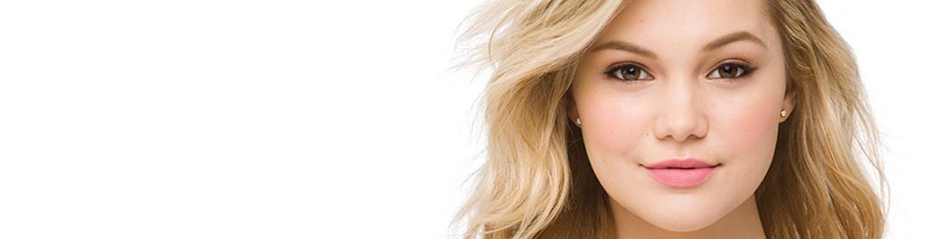 Olivia Holt pour les produits de soins du corps pour peau sensible de NEUTROGENA®