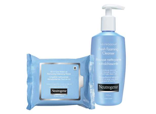 NEUTROGENA® Double Cleansing Method, wipes with cleanser