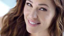 Neutrogena® Ultra Sheer® avec Jennifer Garner
